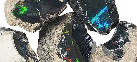 エチオピア産ブラックオパール