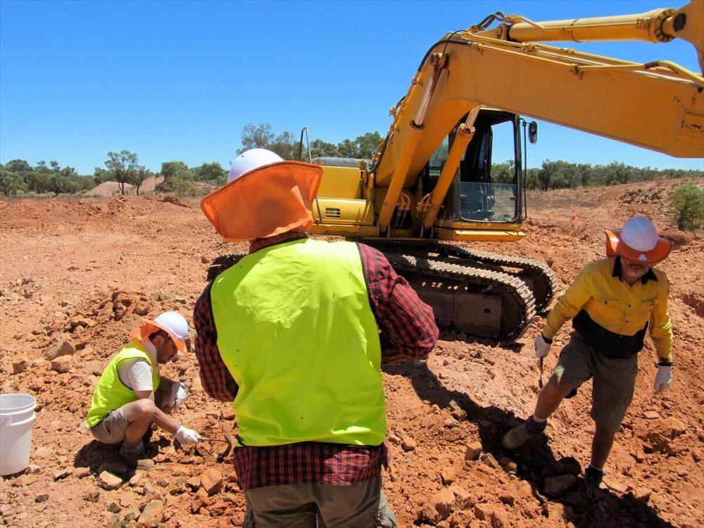 ボルダーオパール採掘